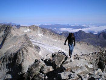 Montañeros solitarios