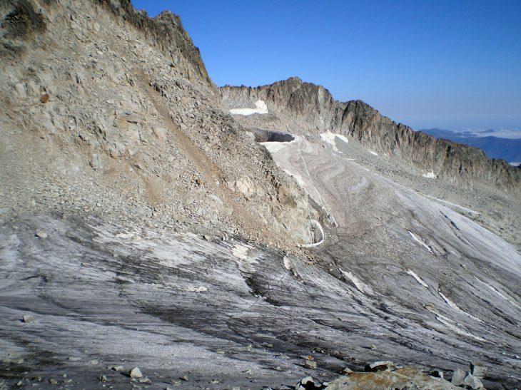 Glaciar del Aneto, difícil autodetener una caída incluso con piolet y crampones
