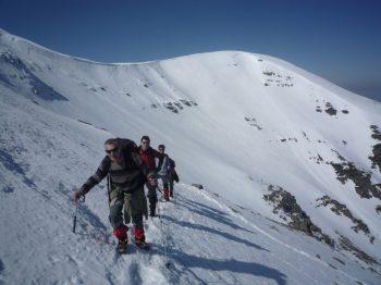 Ascendiendo al Moncayo en invierno